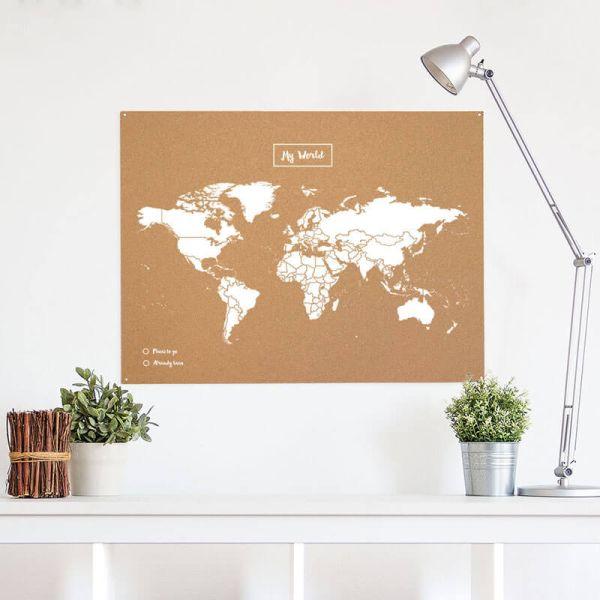 Woody Map - weiss Weltkarte auf flexibler Korkplatte mit 20 Farbpins 60 x 90 cm
